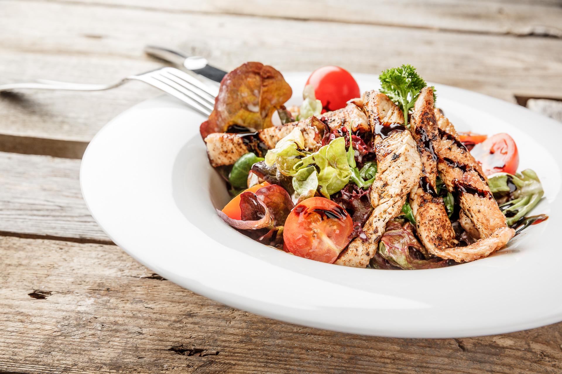 Restaurant Rastland Nassereith Salat mit Pute